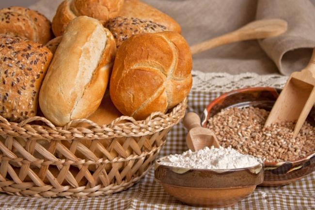 кусок хлеба как единственная пища 5 букв